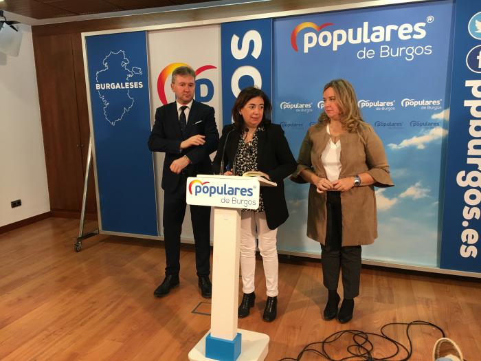 Javier Lacalle, Sandra Modeo y Cristina Ayala, parlamentarios del PP de Burgos