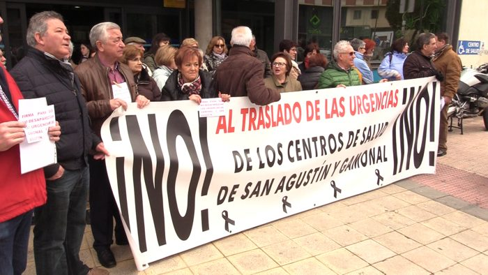 Concentracion Asociacion Nuestro Barrio Traslado Urgencias Centro Salud San Agustin (Febrero 2020)