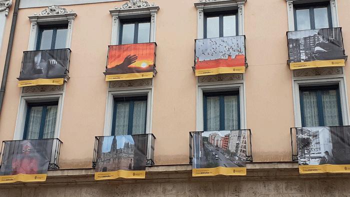 Concurso-PhotoEspaña-de-imágenes-en-los-balcones_Teatro-Principal