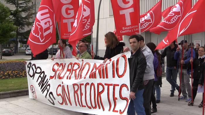 Manifestación Aspanias Juzgados UGT