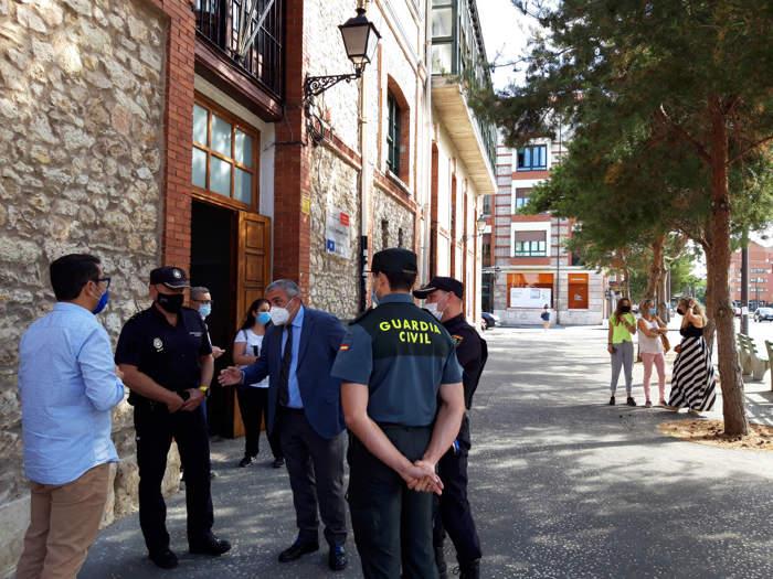 Subdelegado Policía Nacional Guardia Civil Institutos