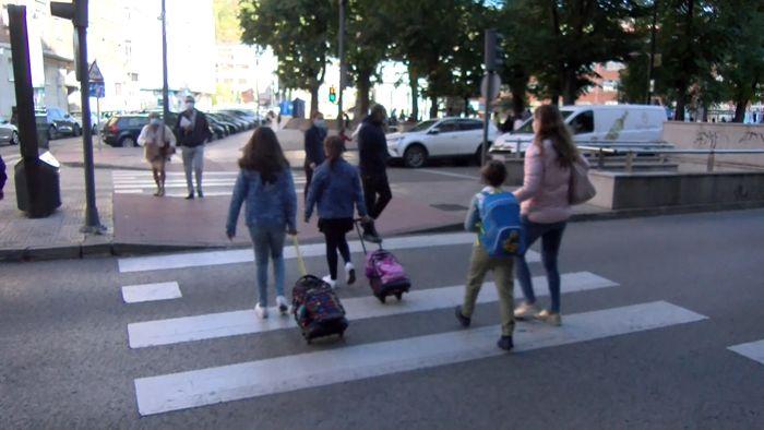 Vuelta al colegio Estudiantes Niños