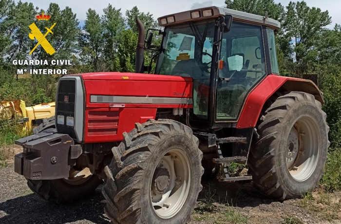 ESTAFA_tractor agrícola