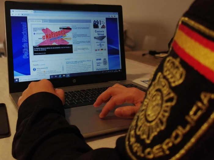policia nacional internet