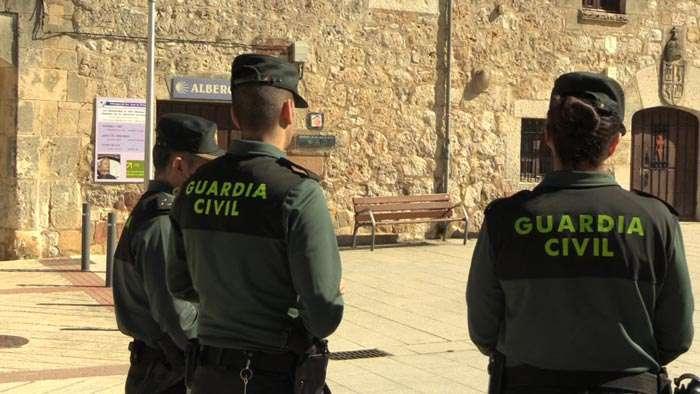 Agentes-Guardia-Civil-Abril-2017