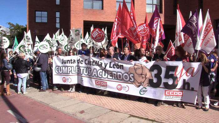 Concentracion Sindicatos 35 Horas Jornada Laboral Funcionarios Publicos Junta CYL (Octubre 2019)