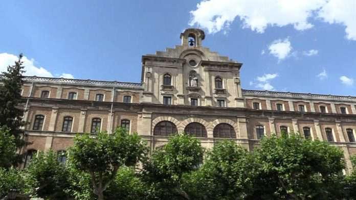 Exteriores Facultad Teología Burgos