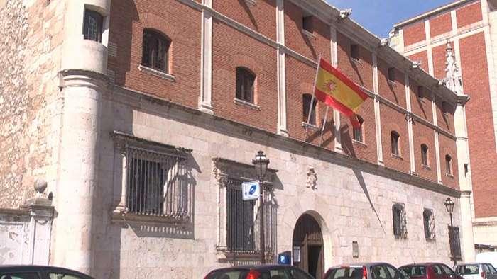 Exteriores museo de burgos frente a mercado sur (Agosto 2014)