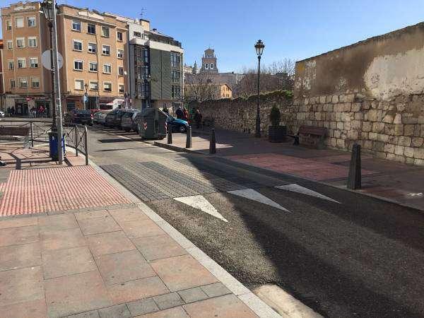 Paso de cebra elevado Calle Villalón Burgos