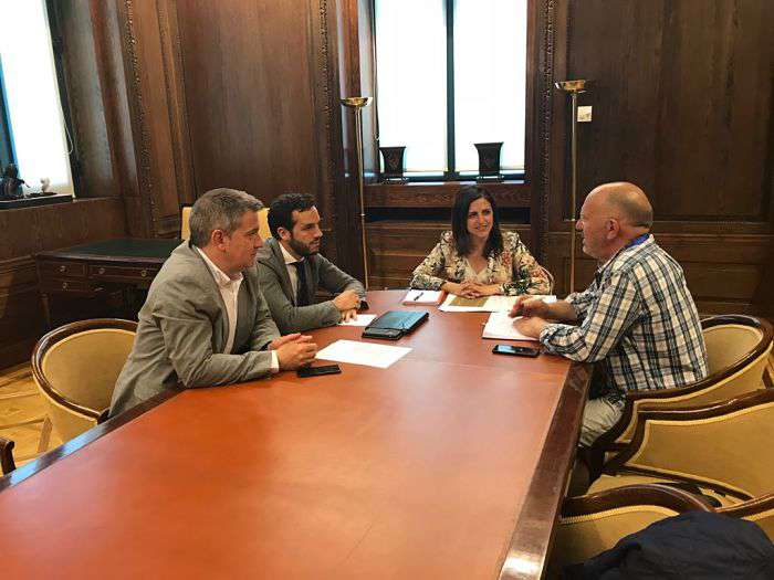 Reunión Esther Peña_Asociación Repuebla_Congreso_opt